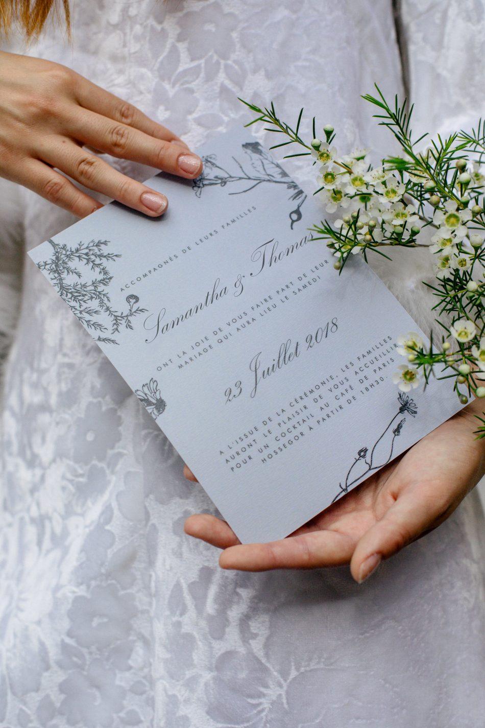 faire part romantique violet avec fleurs sauvages