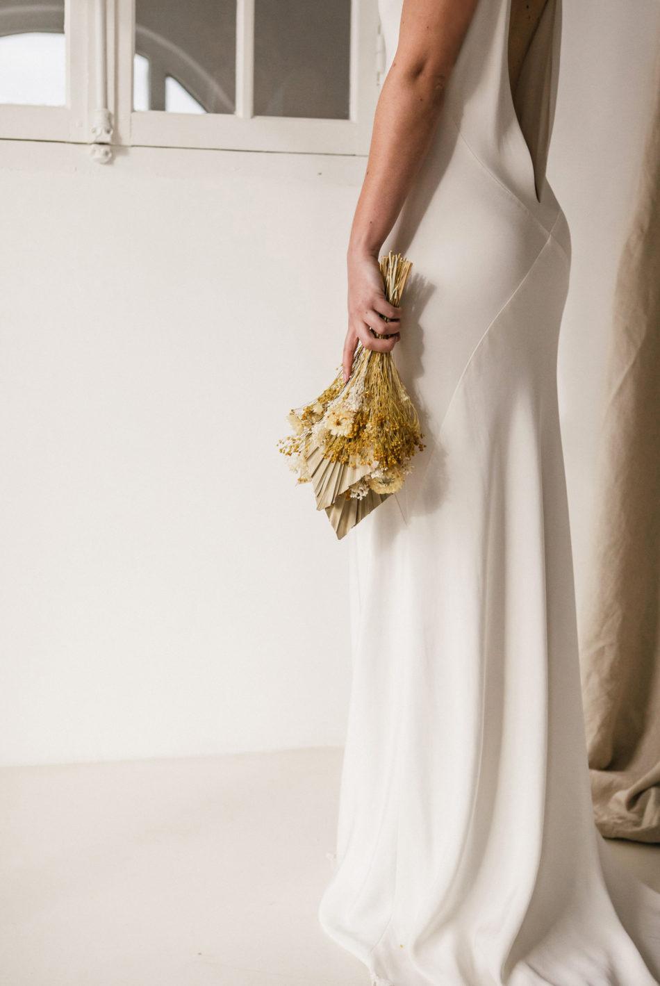 robe de mariée moderne et simple