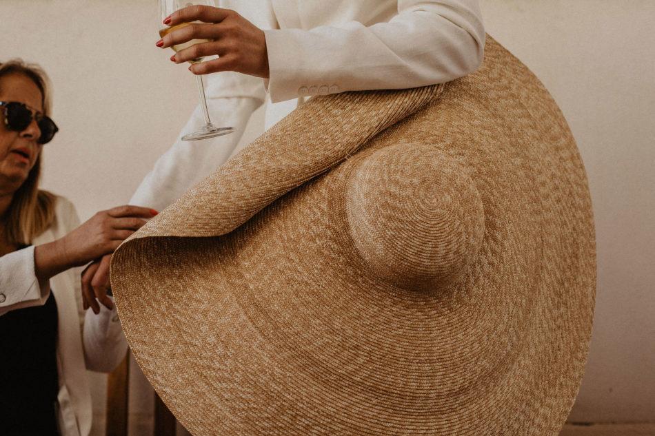 chapeau la bomba pour un mariage en provence