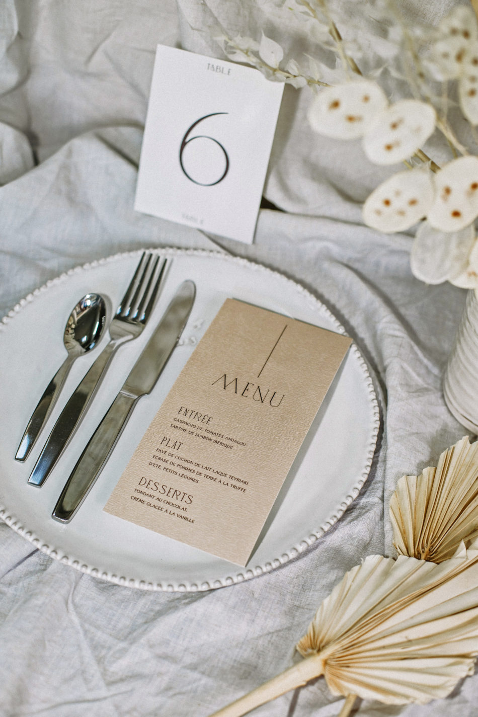 TABLE MARIAGE MODERNE