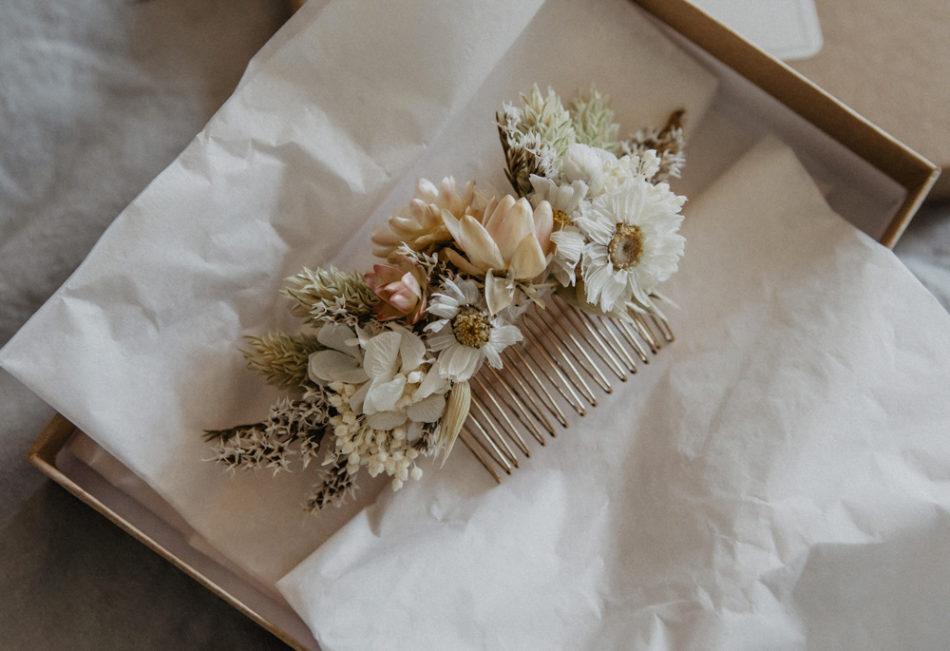 Peigne mariage en fleurs séchées
