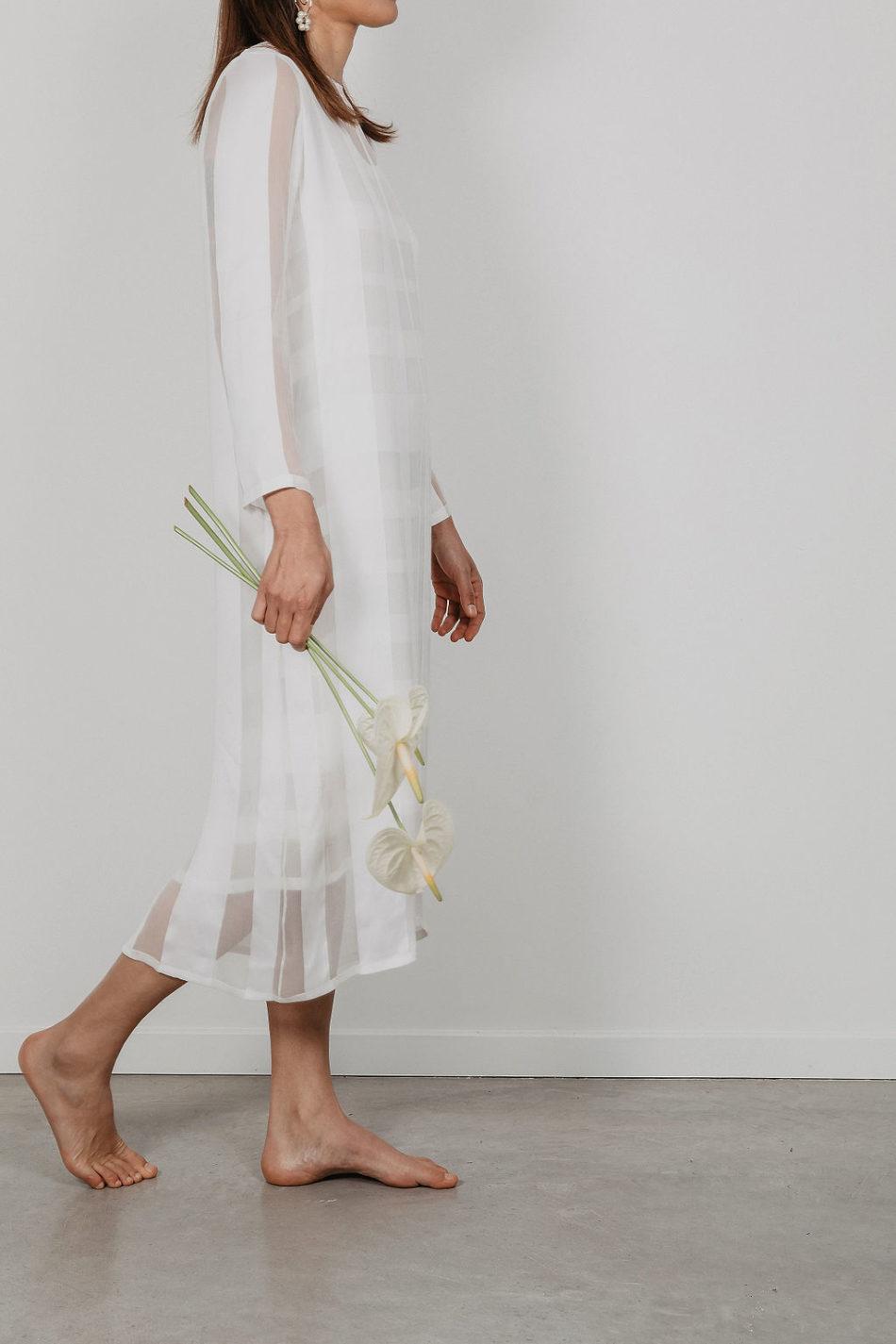 Tendance Japandi, bouquet de la mariée simple et épuré
