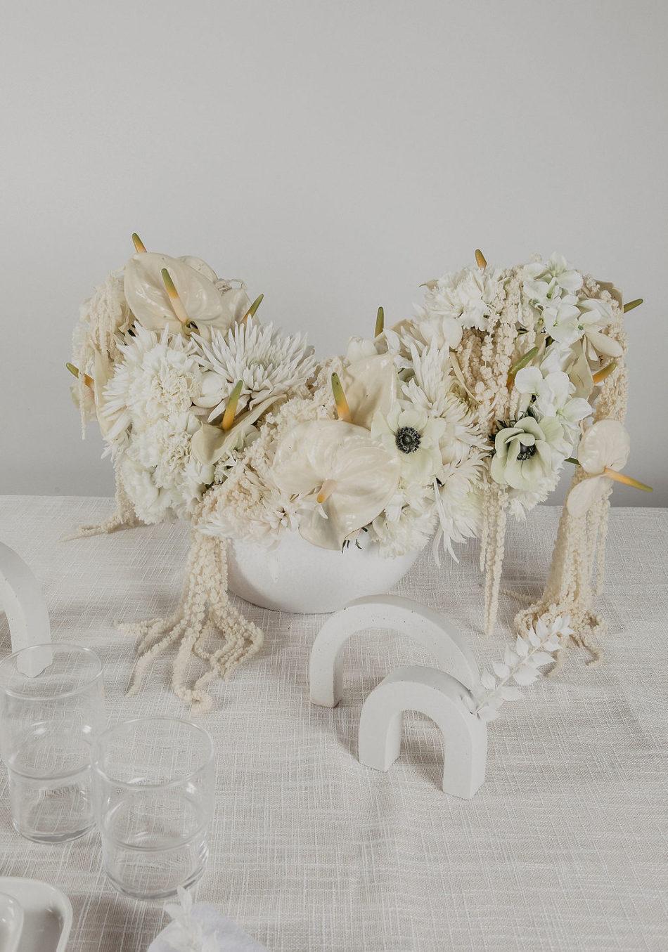 centre de table fleurs japandi